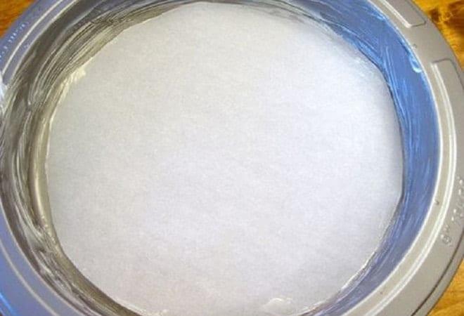 Поготовка формы для торта на скорую руку согласно рецепту с фото