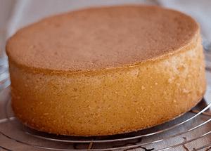 Как приготовить торт в домашних условиях из готовых коржей