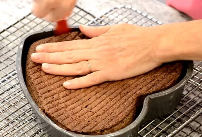 Приготовление торта в форме сердца своими руками