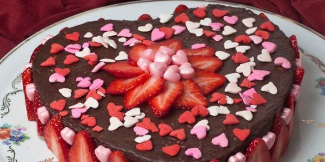 Рецепт приготовления торта Сердце с формой и без