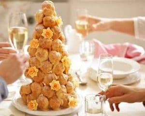 История французского десерта Крокембуш
