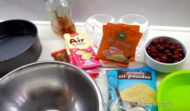 Некоторые ингредиенты муссового торта по рецепту с фото