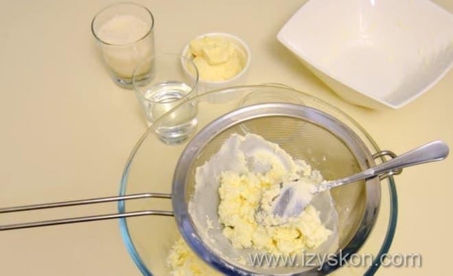 Как готовится быстрый творожный торт без выпечки по рецепту с фото