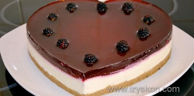 Как украсить легкий творожный торт