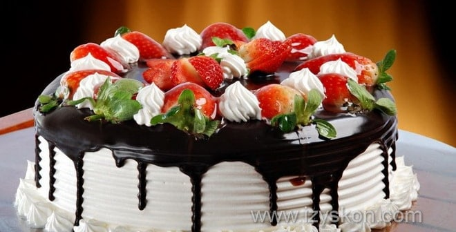 Какие идеи украшения тортов можно использовать на скорую руку