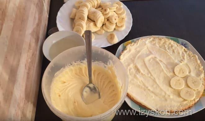 Множество рецептов выпечки бананового торта