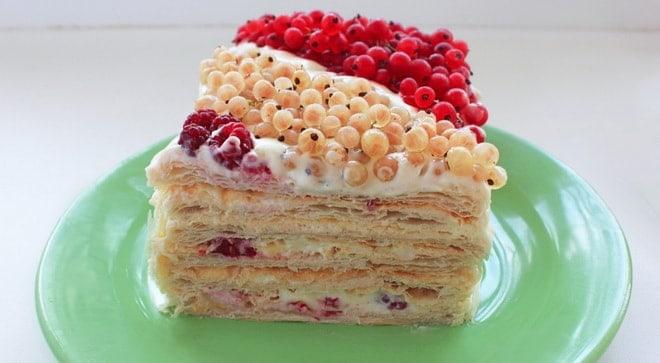 Как оформить украшение торта наполеон из готового слоеного теста