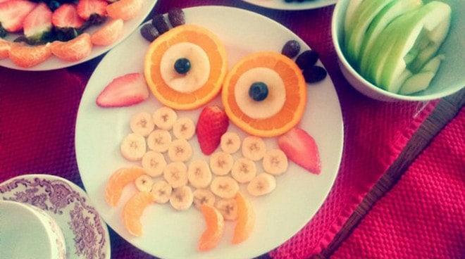 Как сделать оформление торта фруктами в виде фигуры совы