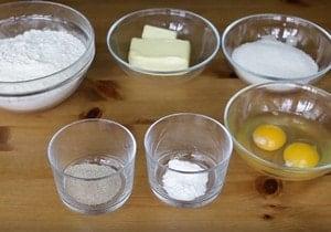 В состав рецепта печенья через мясорубку входит маргарин