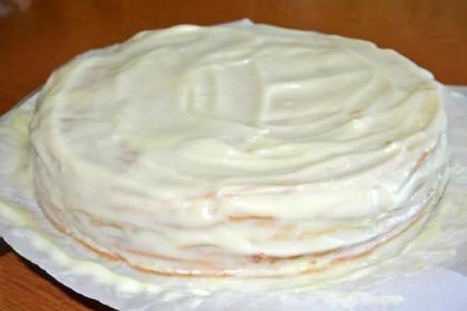 Какой популярный рецепт вкусного слоеного торта