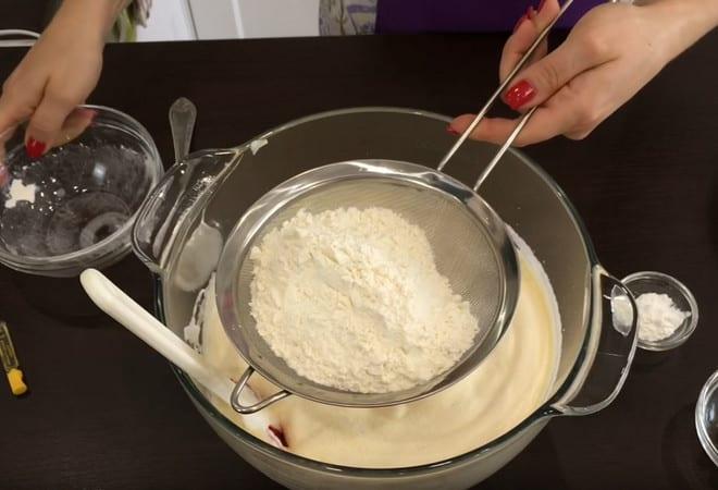 Рецепт торта в виде сердца: пошаговая инструкция