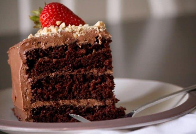 Быстрый торт с вареной сгущенкой, вариант подачи