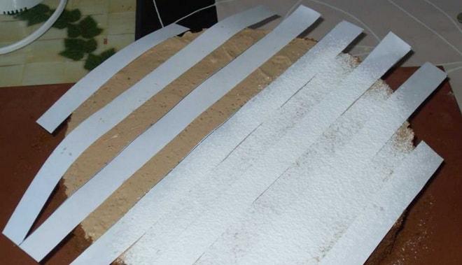 Как украсить торт Мишка сахарной пудрой