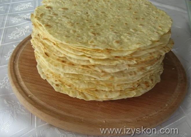 Как красиво сформировать торт Наполеон на сковороде домашний