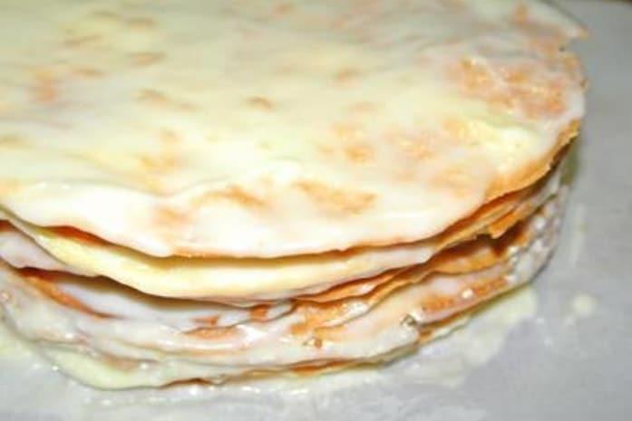 Как приготовить слоеный торт используя рецепт с фото пошагово