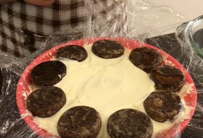 Оформляем подставку для торта