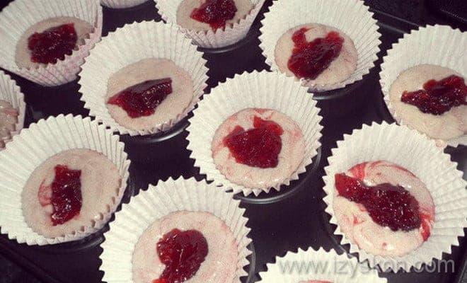 Кексы на йогурте в формочках