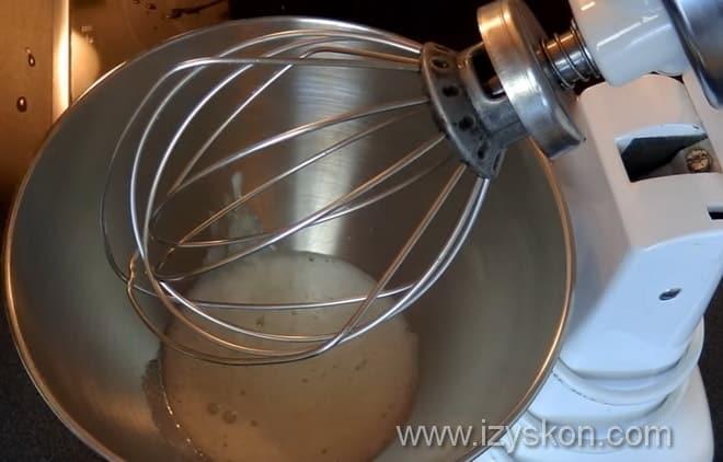 Как приготовить белково заварной крем соответственно видео уроку