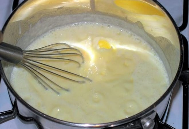 На фото видно, как приготовить крем для торта Степка-растрепка