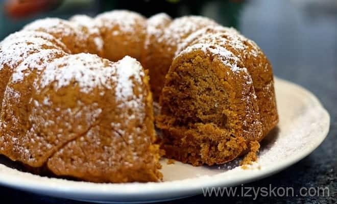 Вариант подачи кекса с тыквой согласно пошаговому рецепту