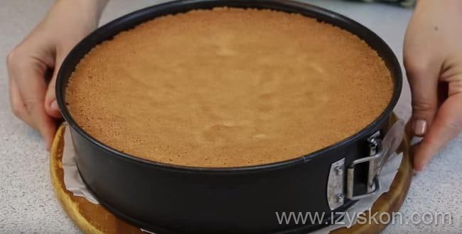 Выпекаем творожный торт 40 -45 минут согласно рецепту