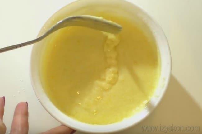 очень хорошо для пражского торта подходит масляный заварной крем.