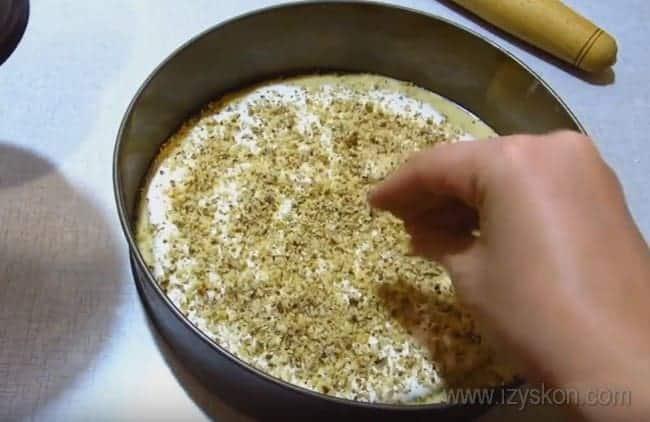 Рецепт королевского торта с грецкими орехами непременно пригодится вам для праздника.