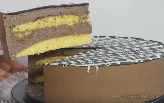 """Посмотрите также видео с рецептом торта """"Птичье молоко"""", которое поможет приготовить его в домашних условиях."""