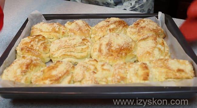 Готовим вкусные слоеные булочки в домашних условиях