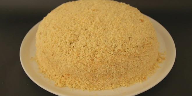 Вот такой бисквитный торт я испекла со сгущенкой по очень простому рецепту с фото
