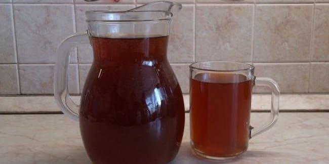 Готовый квас для приготовления окрошки с редиской.