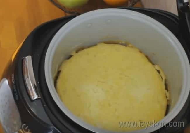 Попробуйте и вы приготовить такую картофельную запеканку с мясом в мультиварке!