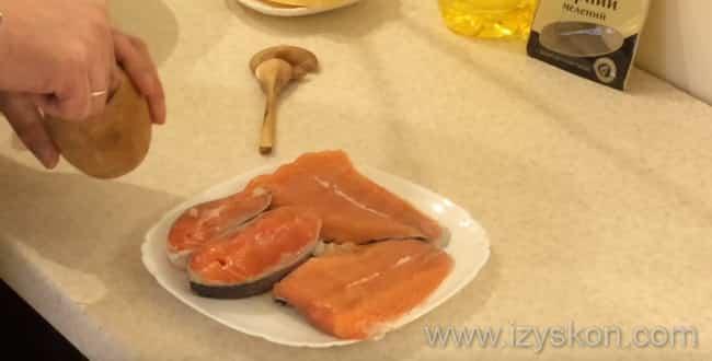 Маринуем рыбу и готовим блюдо - рыба с овощами в духовке