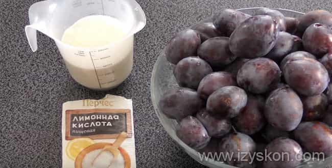 Ингредиенты для компота из чернослива на зиму