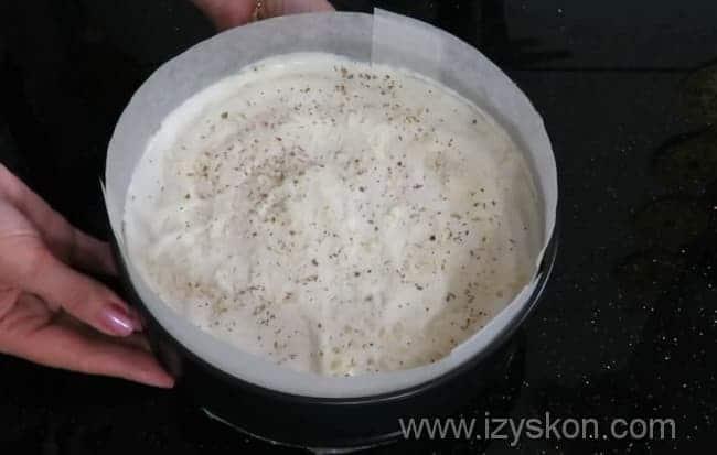 Отправляем мясную запеканку из фарша с картофелем готовиться в духовку