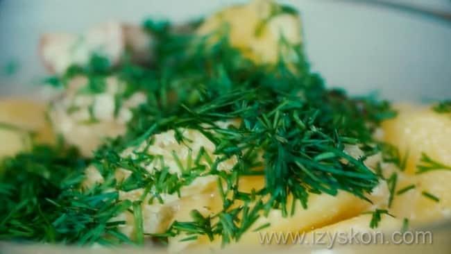 Вкусная тушеная картошка с мясом готовва.