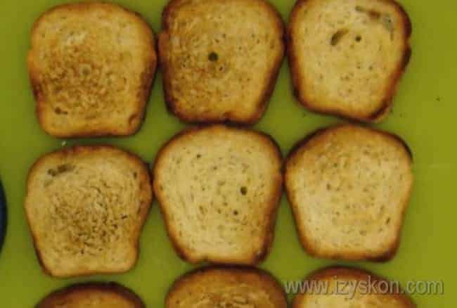 Представляем вашему вниманию простые рецепты бутербродов с семгой на праздничный стол.