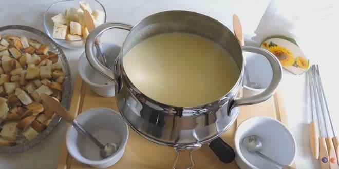 Рецепт приготовления сырного фондю с фото