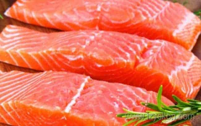 Готовить с красной рыбой не только вкусно, но и полезно.