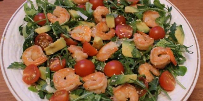 Рецепт приготовления салата с креветками и авокадо