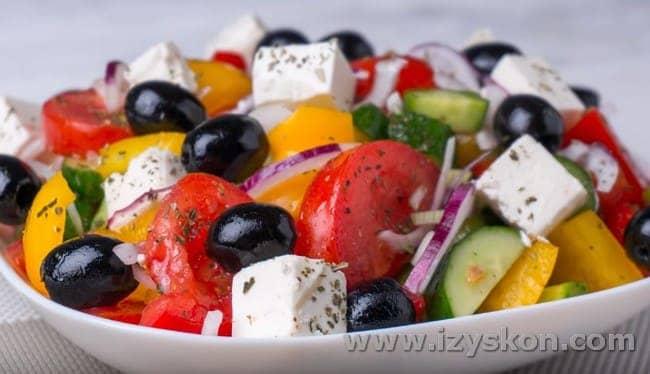 Многим нравится Греческий салат.