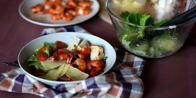 Очень простой вариант 🦐 салата «Цезарь» с креветками