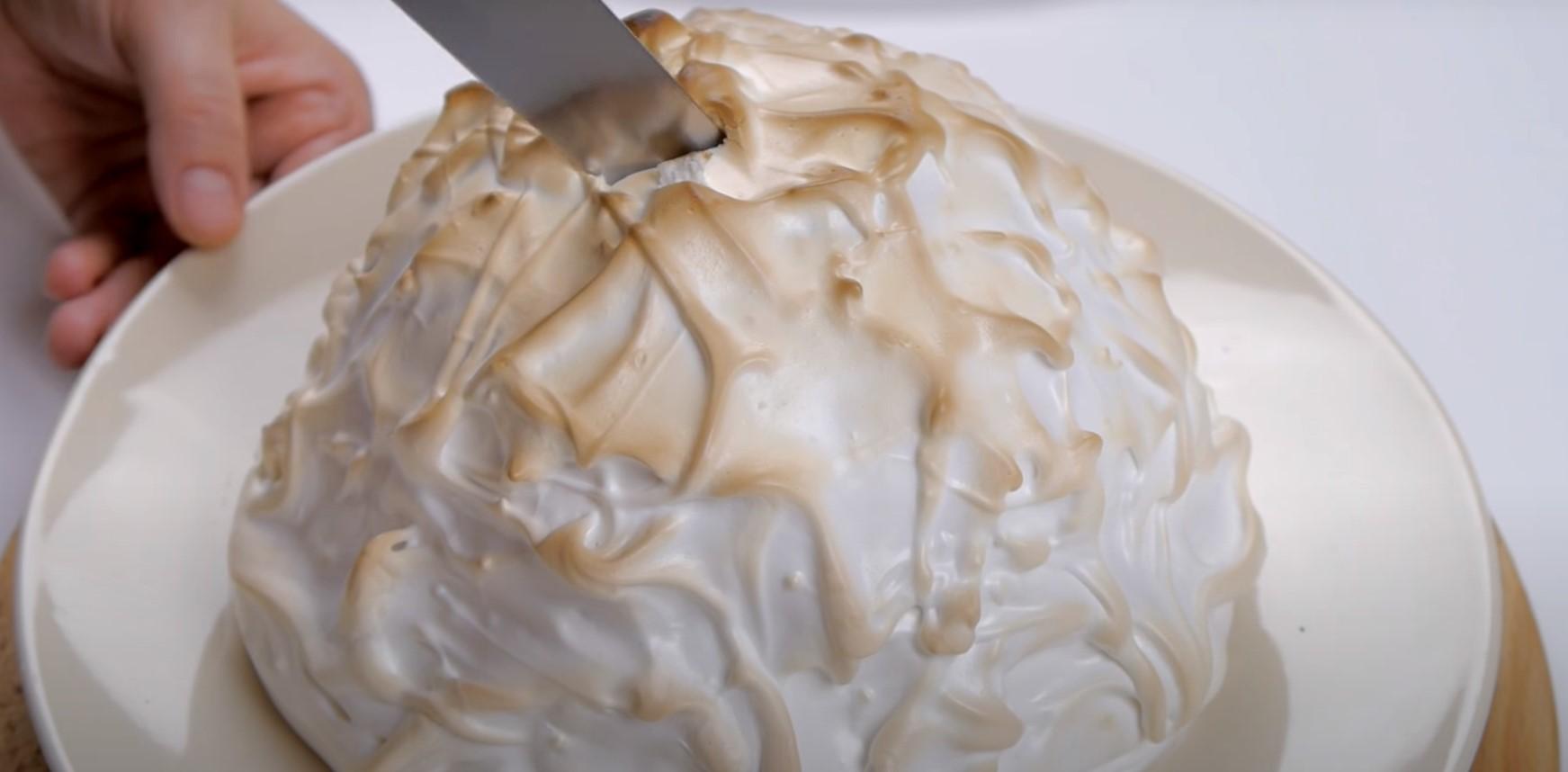 """Десерт """"Аляска"""". Готовый десерт."""
