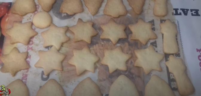 готовые, румяные печенья